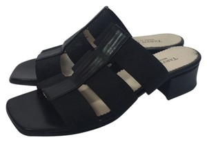 Taryn Rose Size 5.5 Size 6 Made In Italy Black Sandals