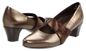 Munro American Bronze Pumps