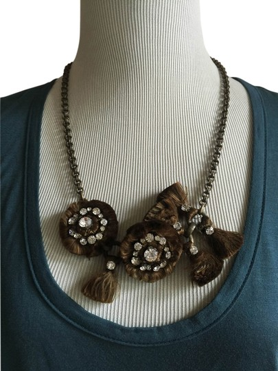 Preload https://img-static.tradesy.com/item/14590348/chloe-chocolate-brass-chain-floral-with-crystals-necklace-0-1-540-540.jpg