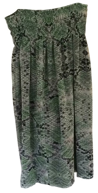 Preload https://img-static.tradesy.com/item/14590351/cabi-mint-and-navy-on-ivory-style-764-maxi-skirt-size-8-m-29-30-0-1-650-650.jpg