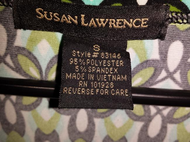 Susan Lawrence // Print Decorated/ Can Be Worn Slacks Or Skirt And Blazer Or Jeans As Casual Wear Top Green/Black/White with silver studded neckline