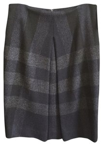 Burberry Skirt Blue and black
