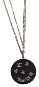 CHANEL CHANEL AUTHENTIC NWT BLACK RESIN CC LOGO NECKLACE