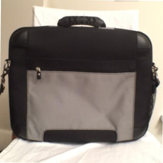 Dell Briefcase Men's Computer Travel Nylon Laptop Bag Image 1