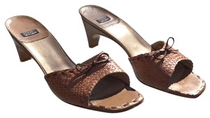Stuart Weitzman Light brown Mules