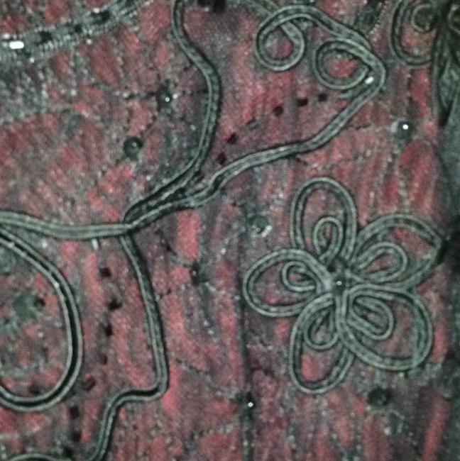 ECI New York Top Black and Red Image 6