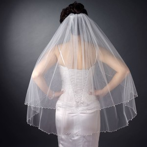 Elegant Double Layer Fingertip Length Scalloped Corded Glass Pearl Edge Veil