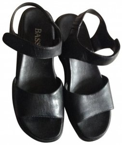 Bass Not To Flat 6 Open Toe Beach Summer Velcro Wedge Heel black Sandals