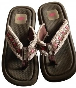 Skechers Heavy Duty Flip Flops With Embroidered Ribbon 6 Flip Flop Flip Flops Beach Tan Embroidery Flowers Floral Well Made brown Sandals