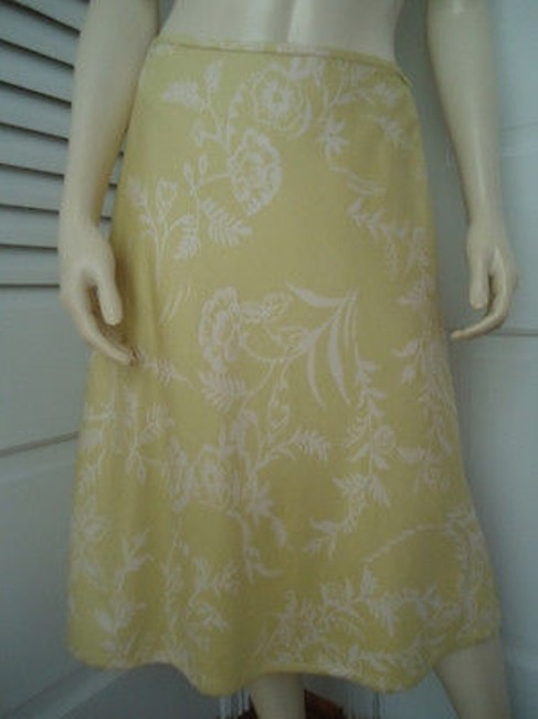 Ann Taylor Textured Silk Floral Lined Classy Skirt Citron with White Prints Image 1