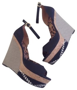 Jessica Simpson Black Multicolor Wedges