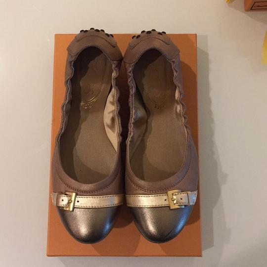 Tod's Brown Flats Image 2