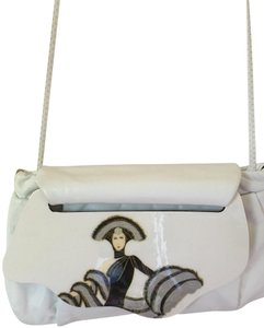 Artistry High Class Fine Leather The Best Quality Eye Catching Shoulder Bag