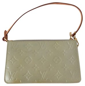 Louis Vuitton Vernis Shoulder Bag