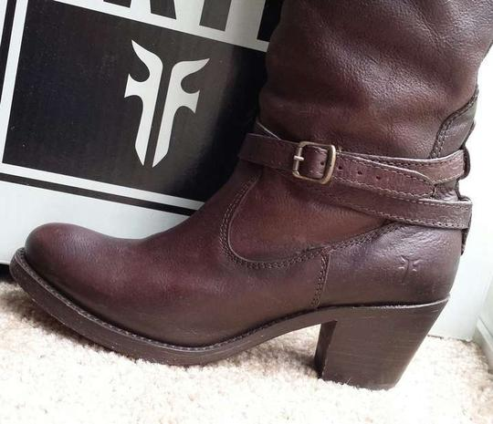 Frye Comes With Box Dark Brown Tumbled Full Grain Boots