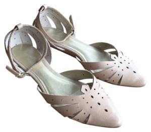 Seychelles Skimmer D'orsay Cut-out Nude Flats