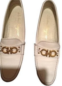 Salvatore Ferragamo White/Black Flats