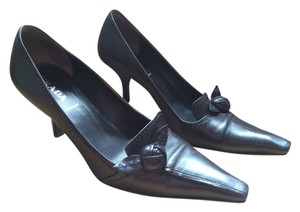 Prada Vintage Leather Flower Heel Eggplant Pumps