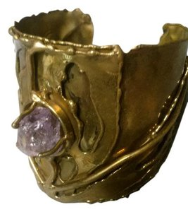Other brass bracelett with amethyst stone
