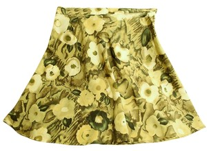 All That Jazz Rayon Summery Flowers Hues Mini Skirt Cream & green