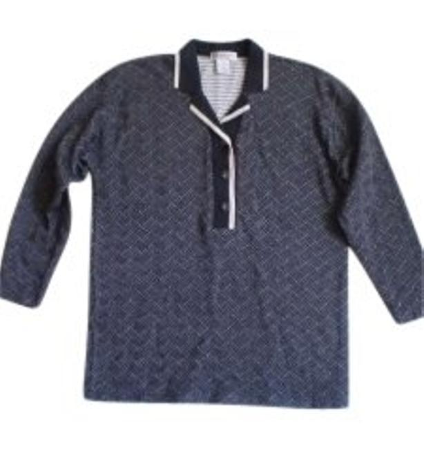 Preload https://img-static.tradesy.com/item/146060/like-new-long-sleeved-polo-button-down-top-size-10-m-0-0-650-650.jpg