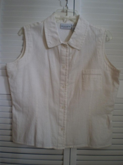 Preload https://img-static.tradesy.com/item/146089/jaclyn-smith-off-white-like-new-sleeveless-button-down-top-size-16-xl-plus-0x-0-0-650-650.jpg