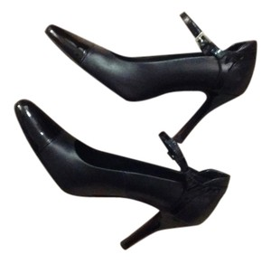 Donald J. Pliner Couture Made In Italy Black Leather with Patton Leather Toe Pumps