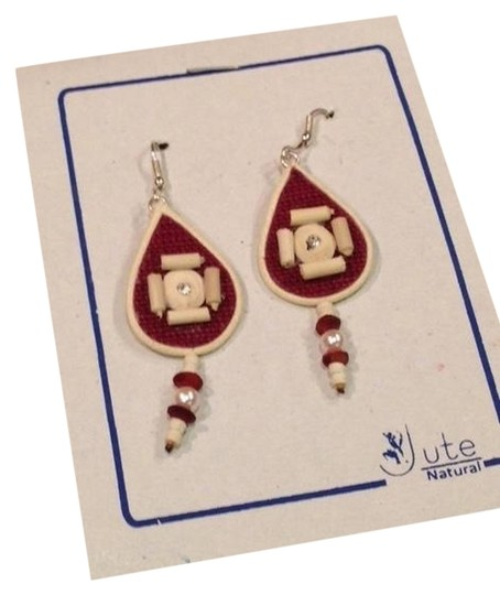 Preload https://item3.tradesy.com/images/cream-russet-pearl-from-earrings-1461052-0-0.jpg?width=440&height=440