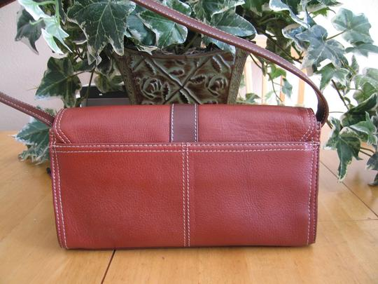 Kenneth Cole Reaction Chestnut Clutch Image 2