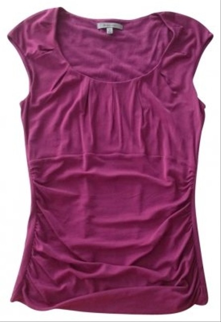 Preload https://item3.tradesy.com/images/classiques-entier-magenta-night-out-top-size-8-m-146122-0-0.jpg?width=400&height=650