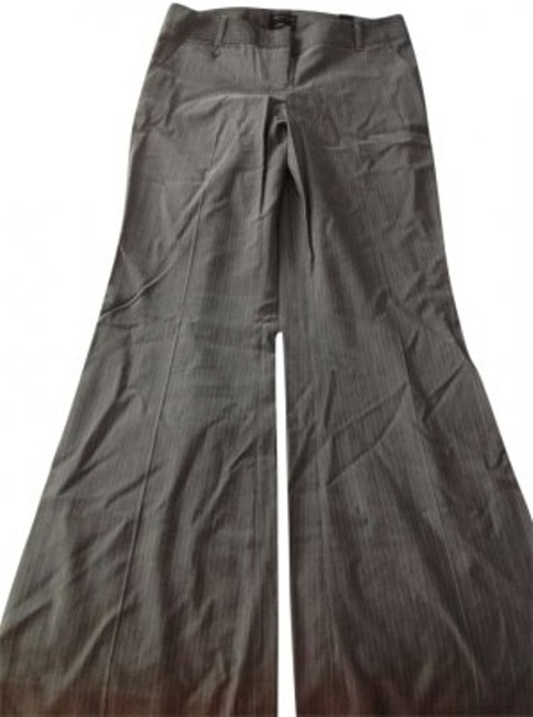 Preload https://item1.tradesy.com/images/the-limited-gray-with-stripes-wide-leg-pants-size-8-m-29-30-146160-0-0.jpg?width=400&height=650