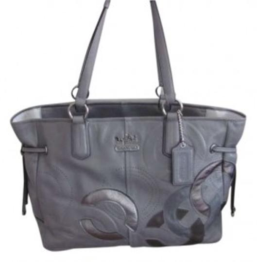 Preload https://item5.tradesy.com/images/coach-chelsea-charlie-style-18964-genuine-gray-leather-tote-146164-0-0.jpg?width=440&height=440