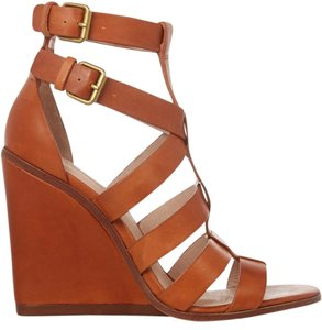 Pour La Victoire Caged Sandals Open Toe Sandals Tan Wedges
