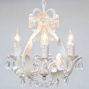 Brand New In A Box White Crystal Flower Pendant Chandelier Lighting