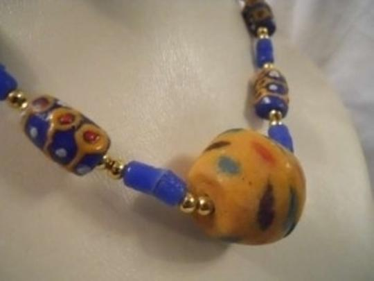 Other hand made S.African necklace & earrings