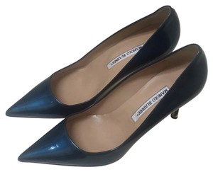 Manolo Blahnik Metalic blue Pumps