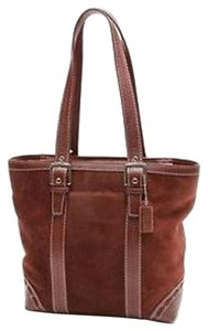 Coach Tote in Burgundy Red