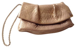 Henri Bendel Wristlet in Gold