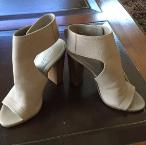 Vince Taupe Mules