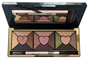 Too Faced TOO FACED Love Palette - Passionately Pretty Eye Shadow Collection