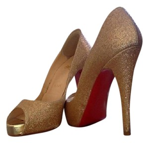 Christian Louboutin Shimmer Evening Sparkle Comfortable Gold Pumps
