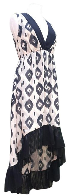 Item - White & Black Print High/Low Printed High-low Casual Maxi Dress Size 10 (M)