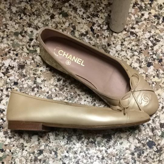 Chanel Ballerines Patent Leather Leather Beige Neutral Cap Toe Cc Logo Iconic 7 38 37 Ballerina Nude Champagne Golden Ivory Flats