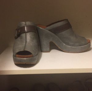 Lucky Brand Green-Blue Mules