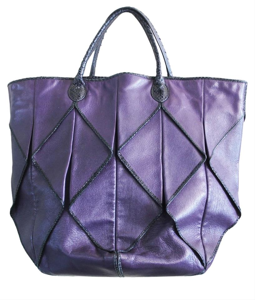 db069507fbd1 Bottega Veneta Origami Plum Leather Snakeskin Leather Bags Snakeskin Bags  Tote in Purple Black  ...
