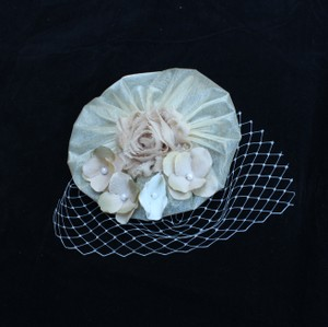 Ivory Beige and Tan Fascinator - Ivory Hair Accessory, Ivory wedding - wedding favors - Free shipping