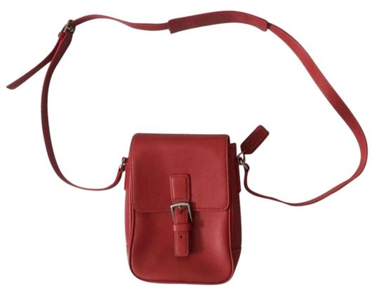 Preload https://item2.tradesy.com/images/coach-hamptoms-size-7x3x8-red-leather-cross-body-bag-1463196-0-7.jpg?width=440&height=440