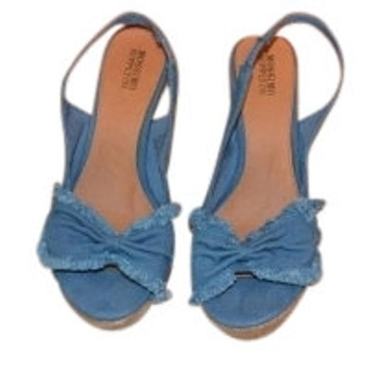 Preload https://item5.tradesy.com/images/mossimo-supply-co-blue-denim-bow-wedges-size-us-95-regular-m-b-14634-0-0.jpg?width=440&height=440