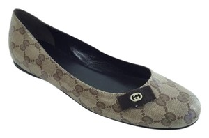 Gucci Flat Leather Beige Flats