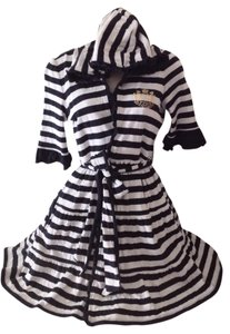 Juicy Couture Juicy Couture Robe/ Cover-Up